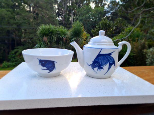 Tea set collectible